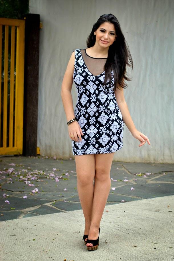 Look: vestido de renda, estampa moda étnica para usar no natal