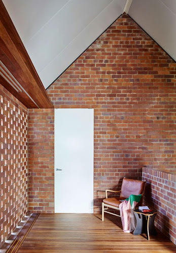 Christian Street House by James Russell Architect