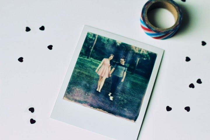 make your own polaroid save the dates