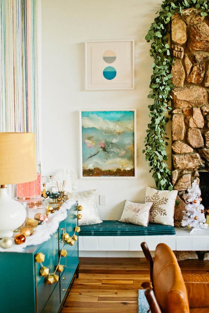 Decoracion de Navidad con guirnaldas eucalipto