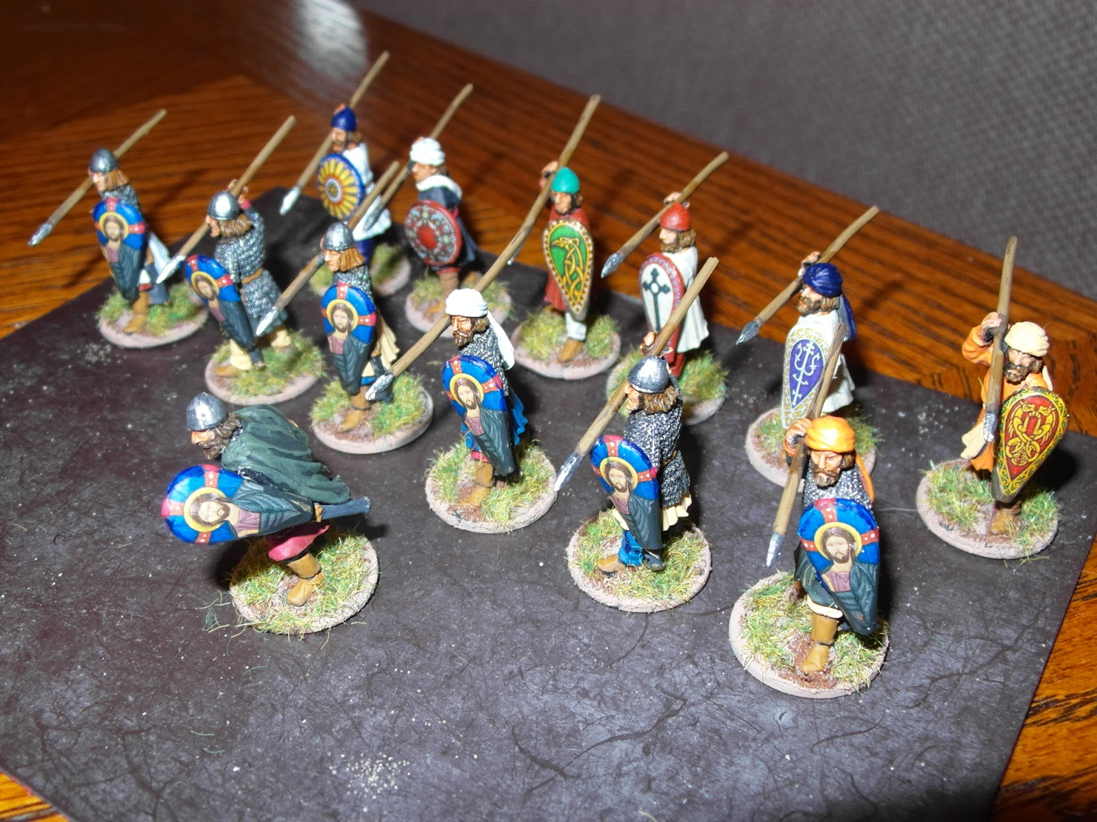 [Liens] Croisades: armées d'autres joueurs - Page 2 SAM_0880