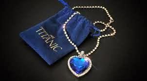 Kalung Batu Hati Simbol Cinta