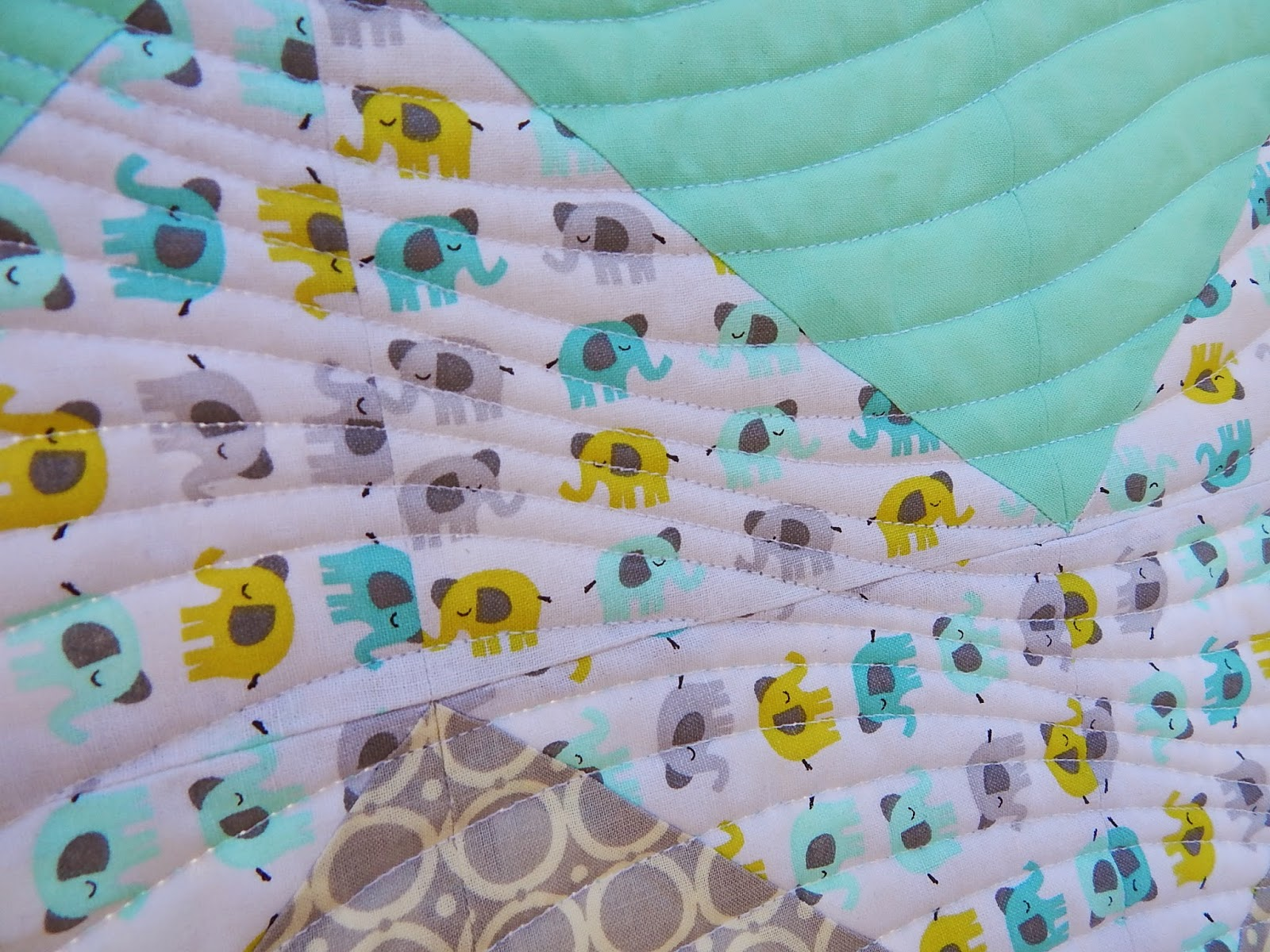 Chevron Baby Quilt Tutorial Triangles On A Roll