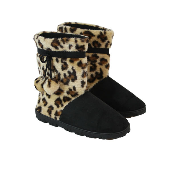 1103521d6525cc Snooki slippers combine style together with warmth and comfort. Has there  ever been a more appealing and aesthetically pleasing concept than this