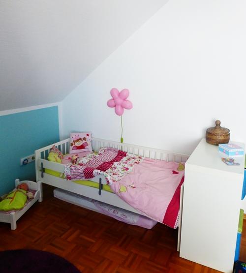 Kinderzimmer Bett