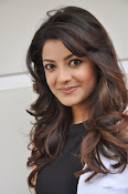 Kajal Agarwal Latest Photos at Yevadu Press meet-thumbnail-3