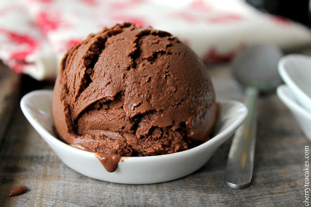 Chocolate Pomegranate Ice Cream recipe from cherryteacakes.com