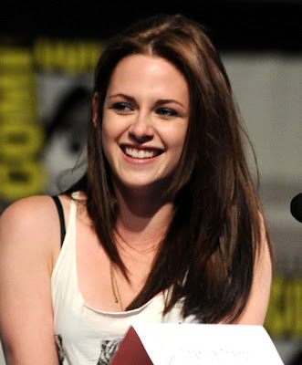 Kristen Stewart Wallpaper smile