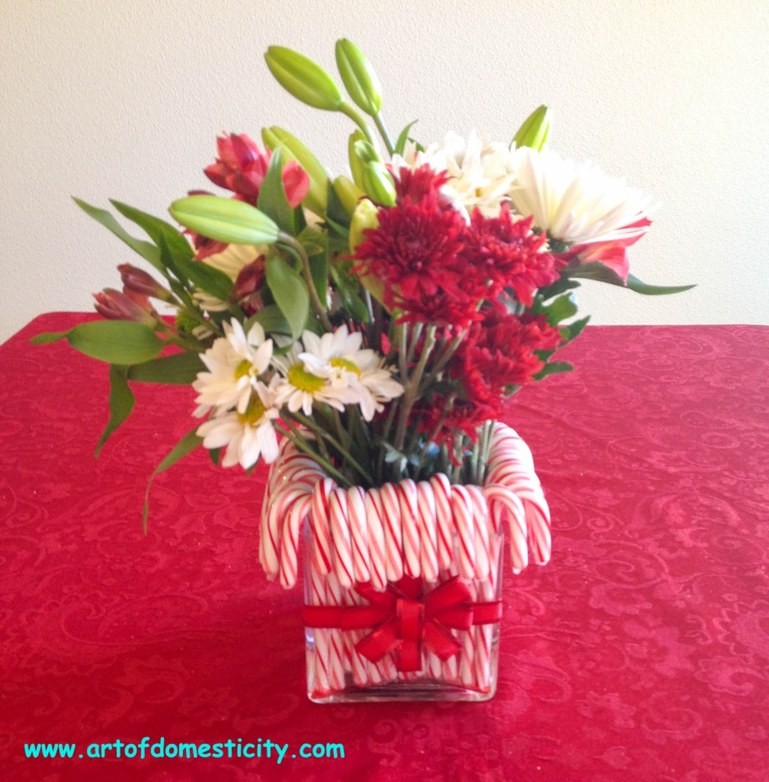 Art of domesticity christmas candy cane centerpiece