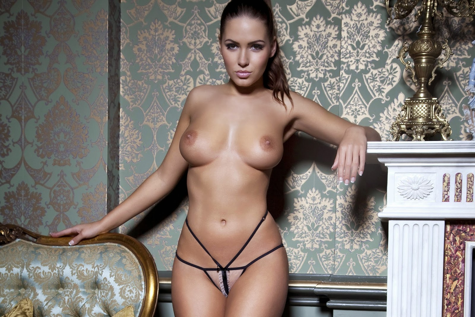 Ehrenfeld desnuda sabine