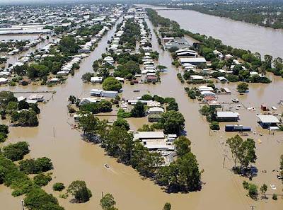 Austrália: Milhares de pessoas deslocadas no nordeste devido a cheias