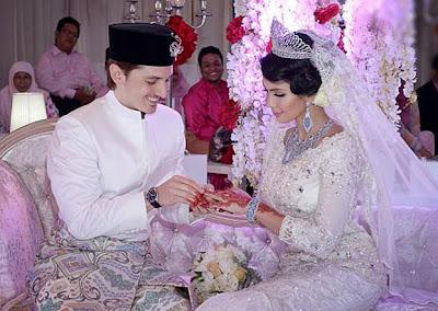 Majlis Berinai & Majlis Pernikahan Che Ta & Zain Saidin