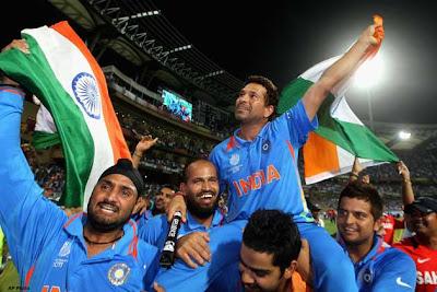 World Cup Trophy, Sachin Tendulkar, Zaheer Khan, Yuvraj Singh, Yusuf Pathan, Harbhajan Singh, Suresh Raina, World Cup 2011, World Cup