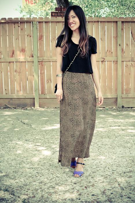 leopard skirt wewearthings.blogspot.com