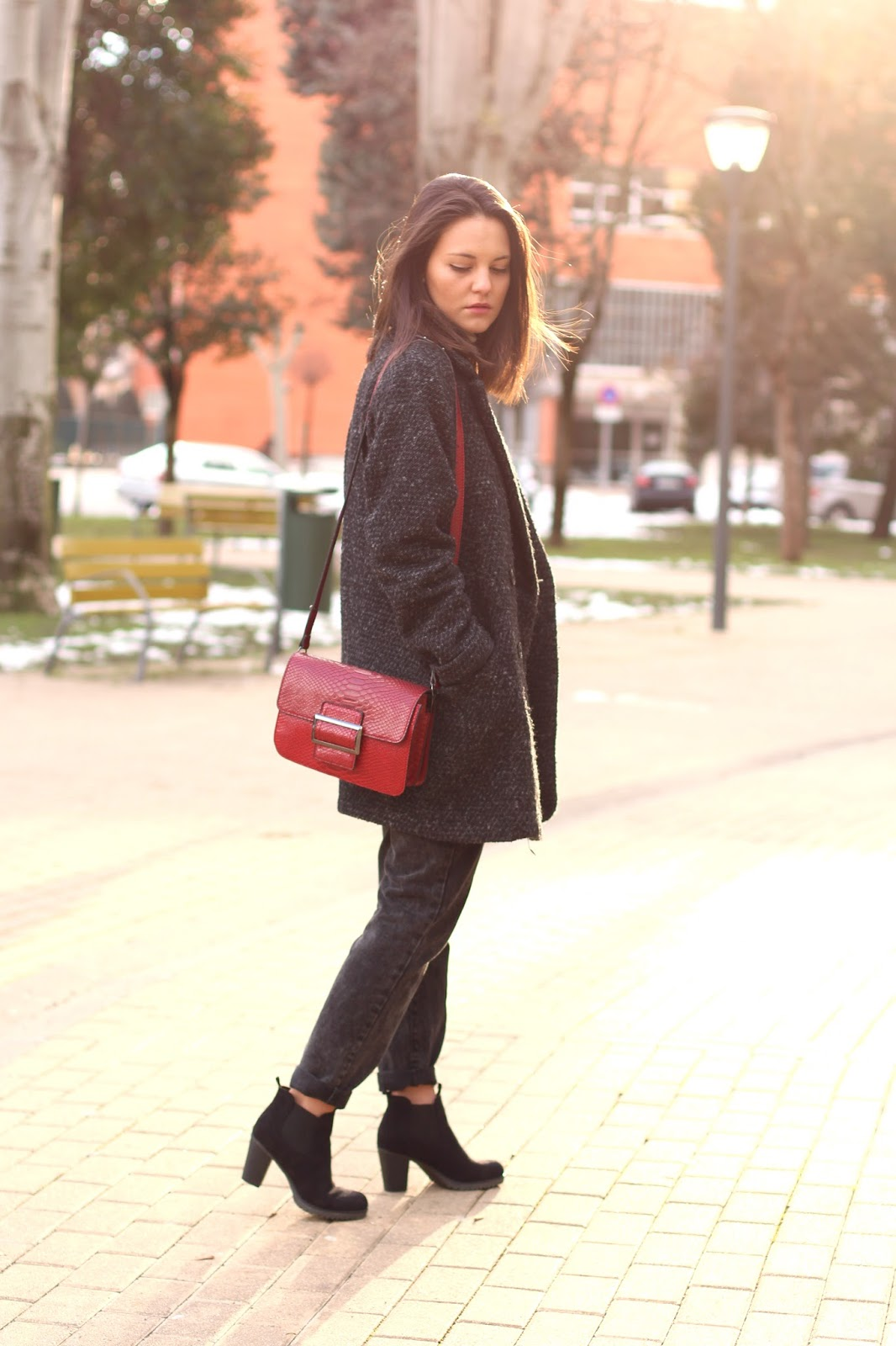 Miss Waters mom jeans street style blogger Pamplona