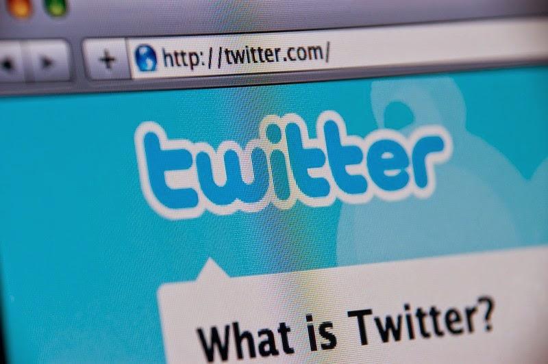 Aún así, los inversionistas temen que el crecimiento de la red social sea cada vez menor. Twitter sigue creciendo. Cada mes sigue sumando usuarios a su registro, y tanto así que durante el primer trimestre del año la compañía se anotó 255 millones de usuarios activos, un aumento de un 25%respecto al mismo período en el 2013. Un número similar cuentan las finanzas de Twitter. Durate el trimestre que termina en marzo (y segundo cuarto fiscal), las ganancias alcanzaron USD $250 millones en total, 119% más que el año pasado. Según las mediciones propias de Twitter, por cada mil visitas