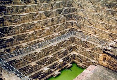 Poço de Chand Baori – Índia