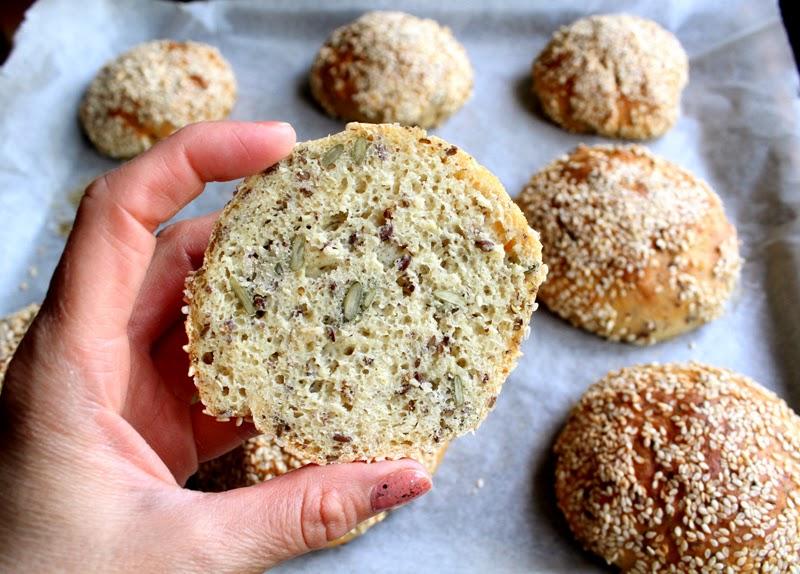 Oppskrift Perfekte Hjemmebakte Rundstykker Glutenmel Hvetegluten Soyamel Proteinrik Bakst