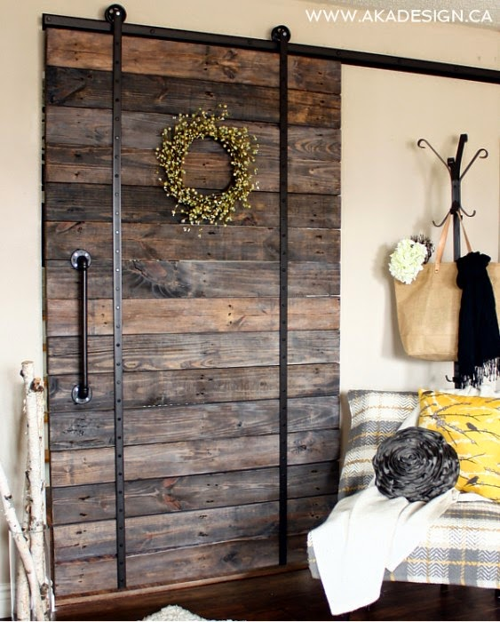 Make Your Own Pallet Wood Barn Door   AKA Design