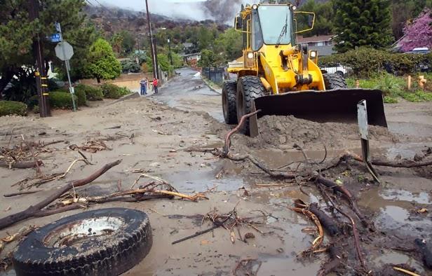 deslaves de lodo y escombros en California, 01 de Marzo 2014