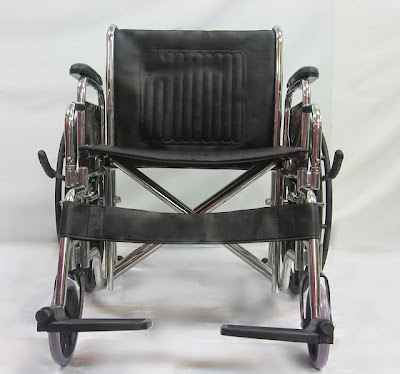 Wide seat wheelchair <> 55cm