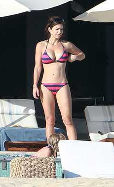 Lauren Sanchez Bikini Nude Photos 52
