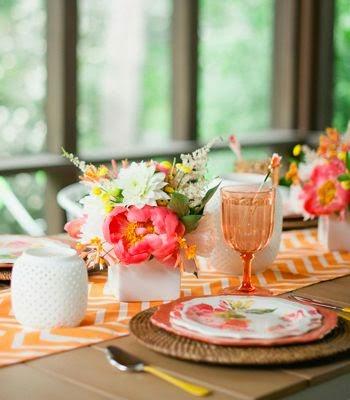 Makers + Shakers Meet Confetti Pop table setting