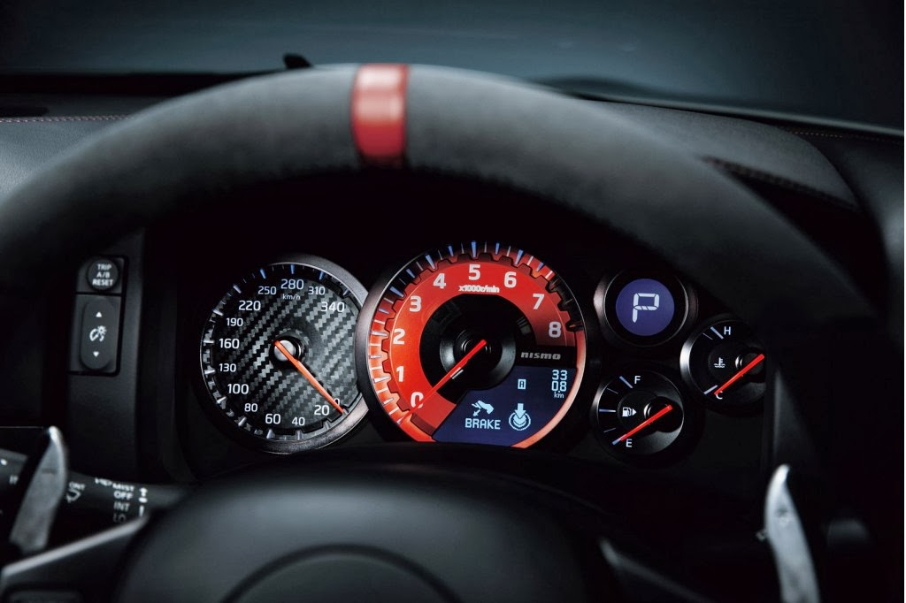 Nissan Gt R Nismo Impressionante Giro Al Nurburgring Video