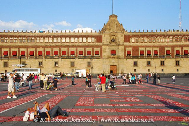 praça central zocalo na cidade do mexico