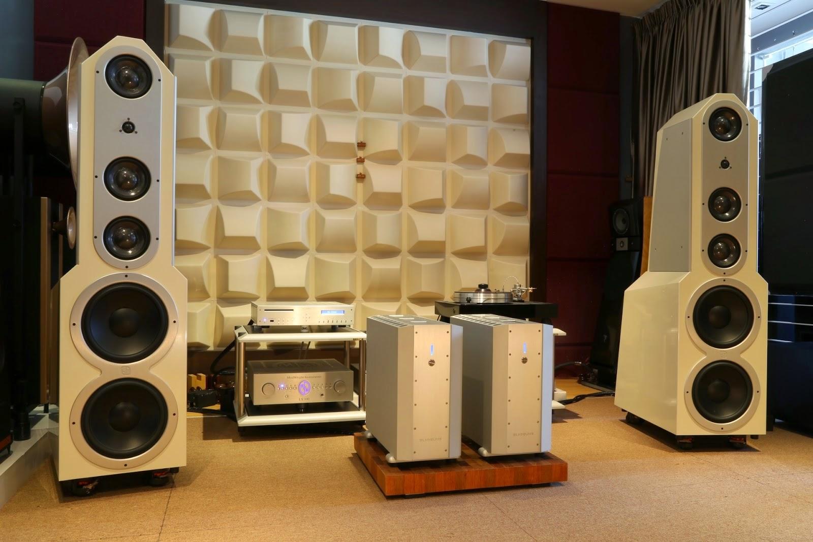 Viva Eggleston High-end Audio News To...