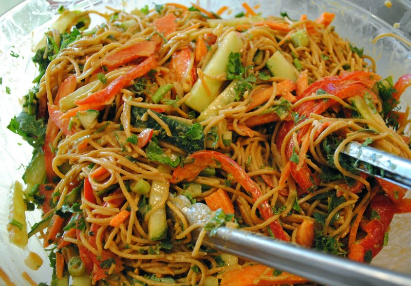 tasty tuesday ~ barefoot contessa's crunchy noodle salad