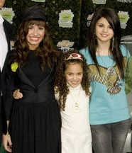 Madison Pettis And One Direction