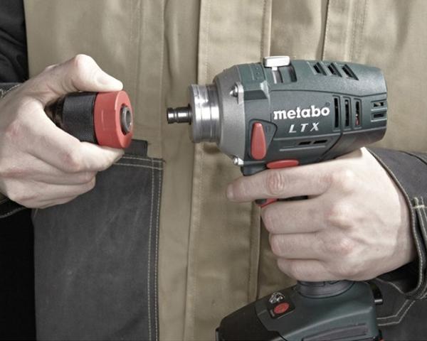 May khoan va bat vit dung pin Metabo BS 18LTX