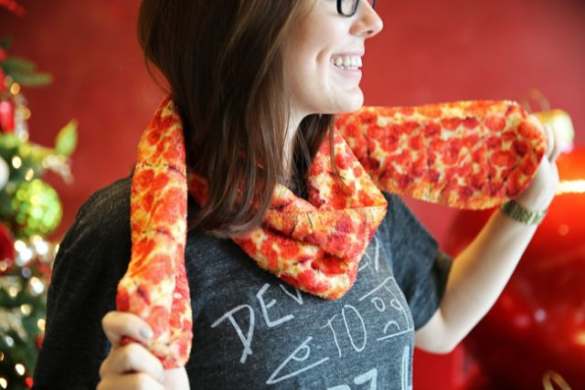 Pizza Hut S New Online Swag Shop Sells Pizza Scarves Brand Eating