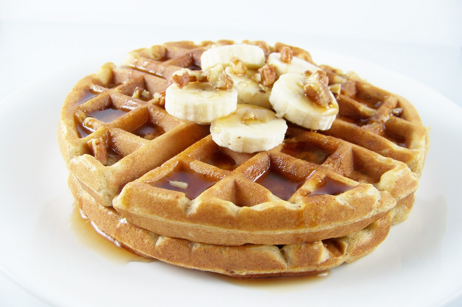 wrestled a cupcake once: Whole Wheat Banana Bread Waffles