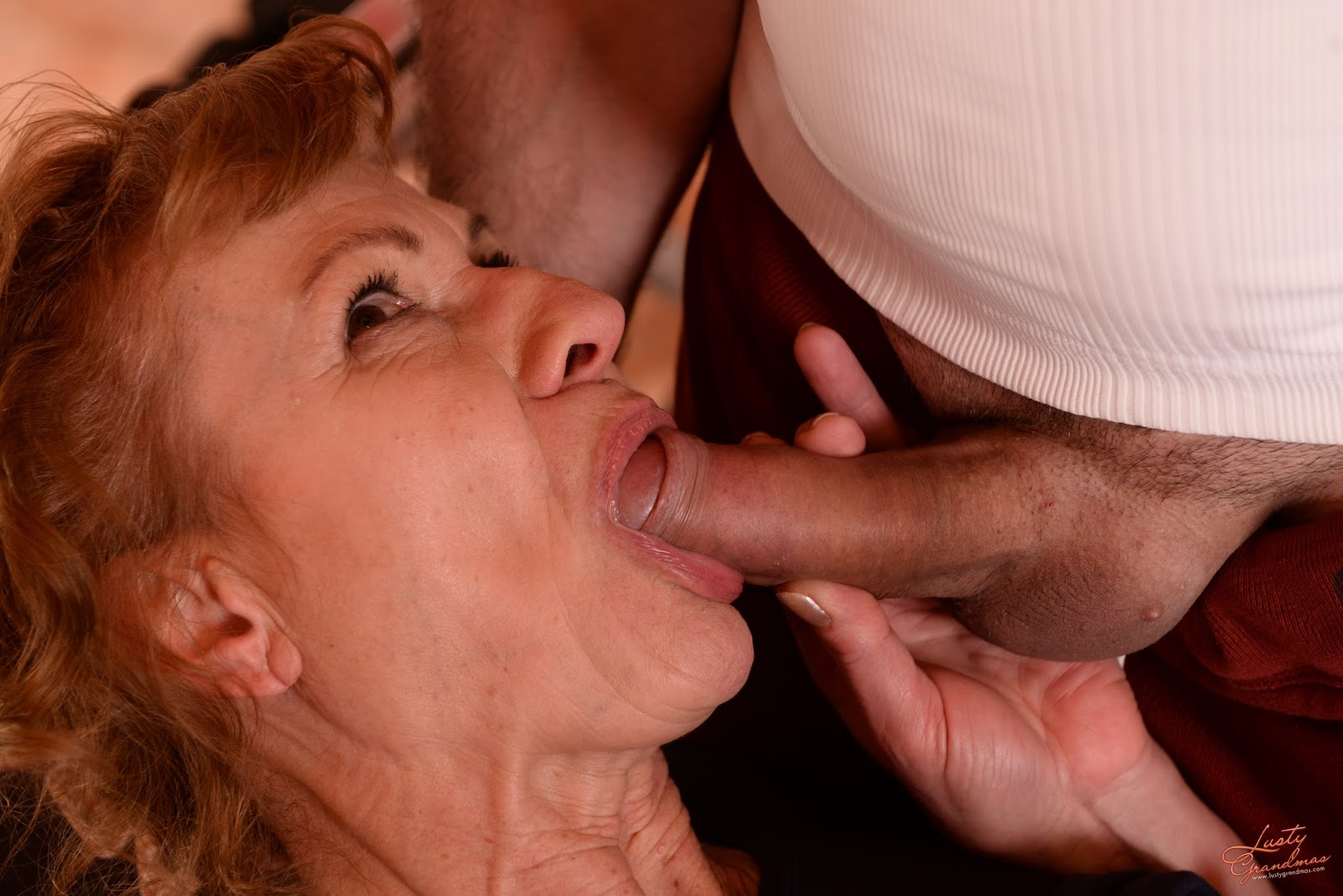 older woman sex anal