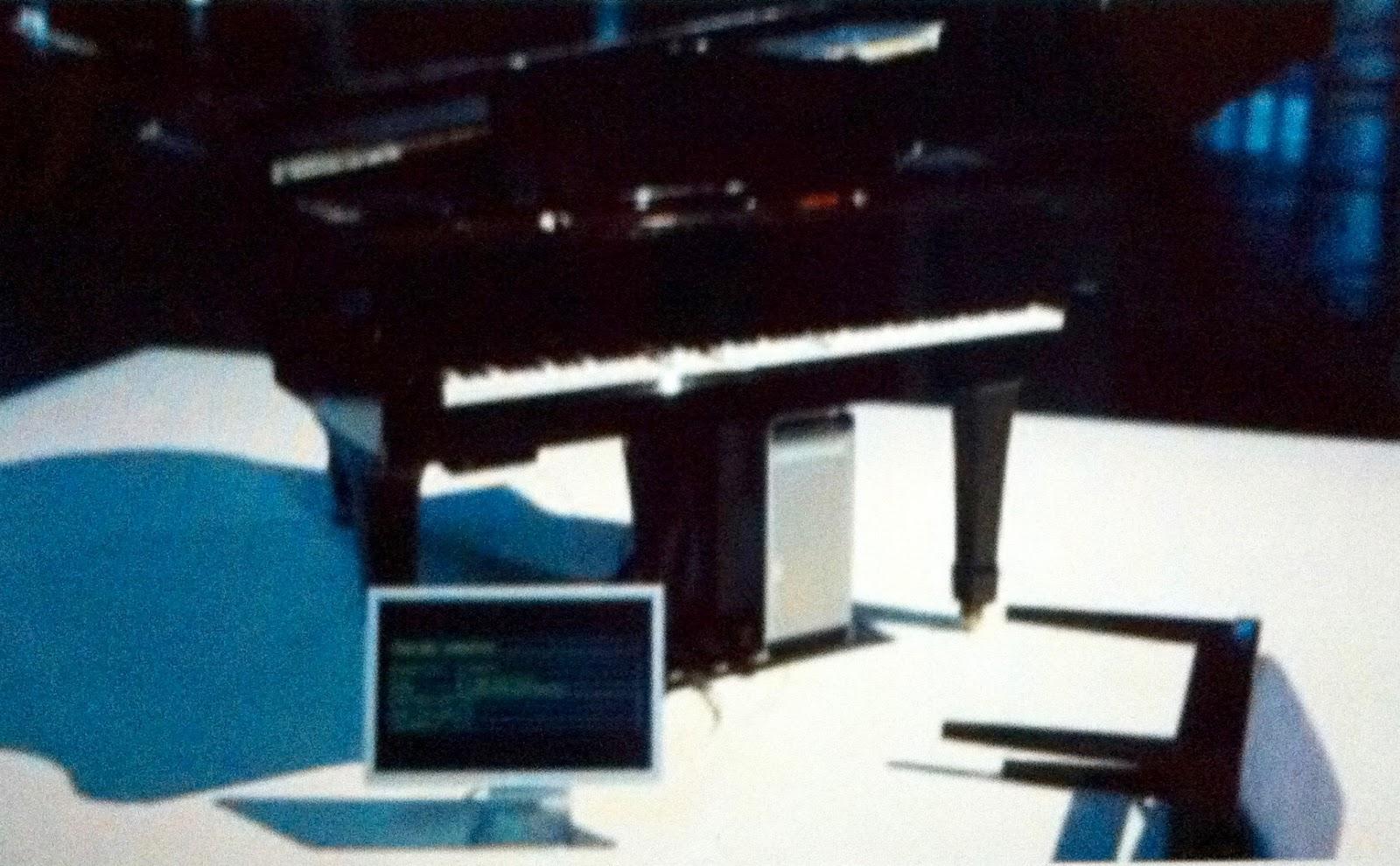 Yamaha Mx Randomly Plays Notes