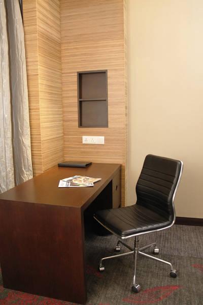 Jual meja kantor bekas furniture bekas for Jual kitchen set bekas