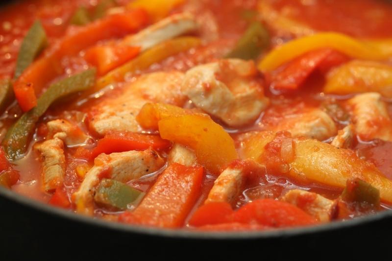 Bildresultat för kycklinggryta med paprika
