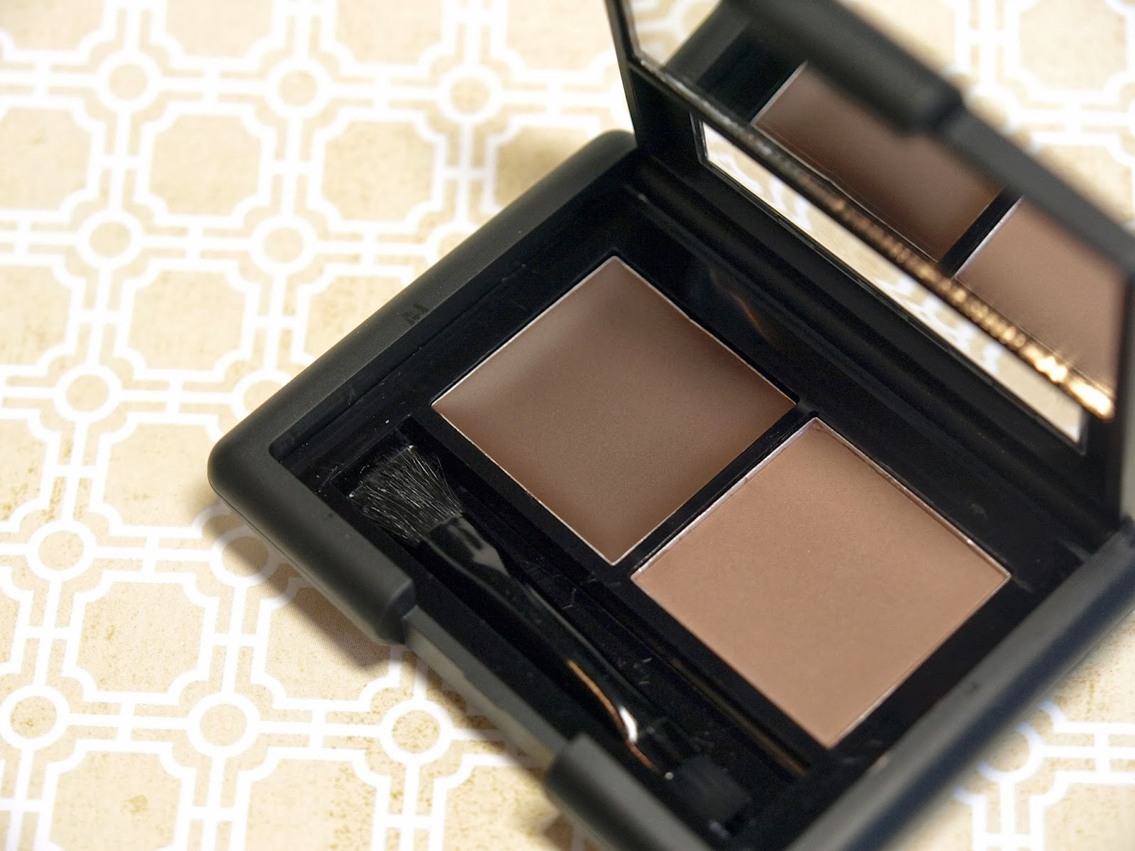 Elf Cosmetics Studio Eyebrow Kit Essential Liquid Eyeliner