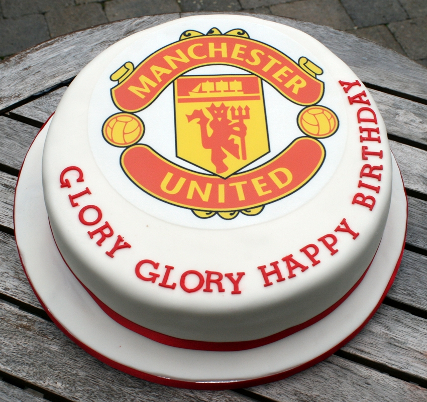 birthday cakes manchester united