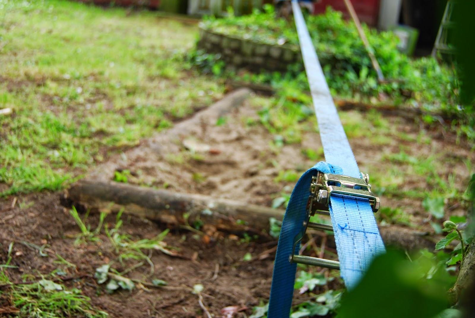 Cinta de equilibristas para jardín con una cinta de camión