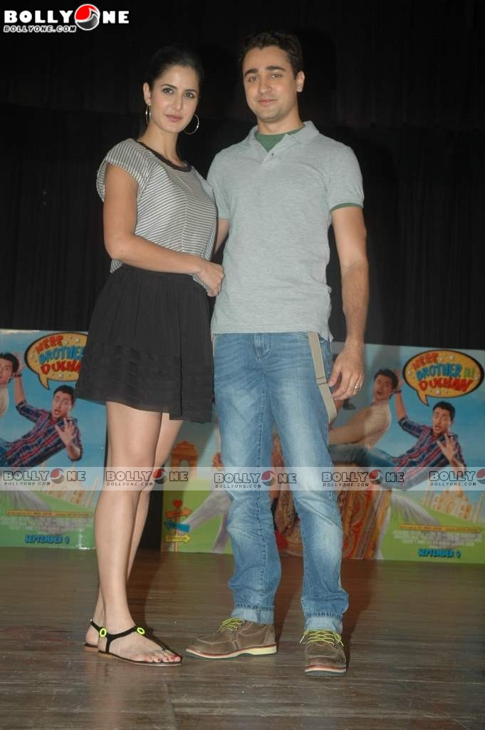 Hot Katrina Kaif with Imran at MMK College's festival