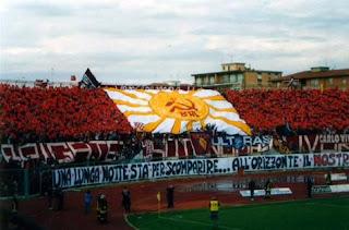 Livorno, hoz y martillo