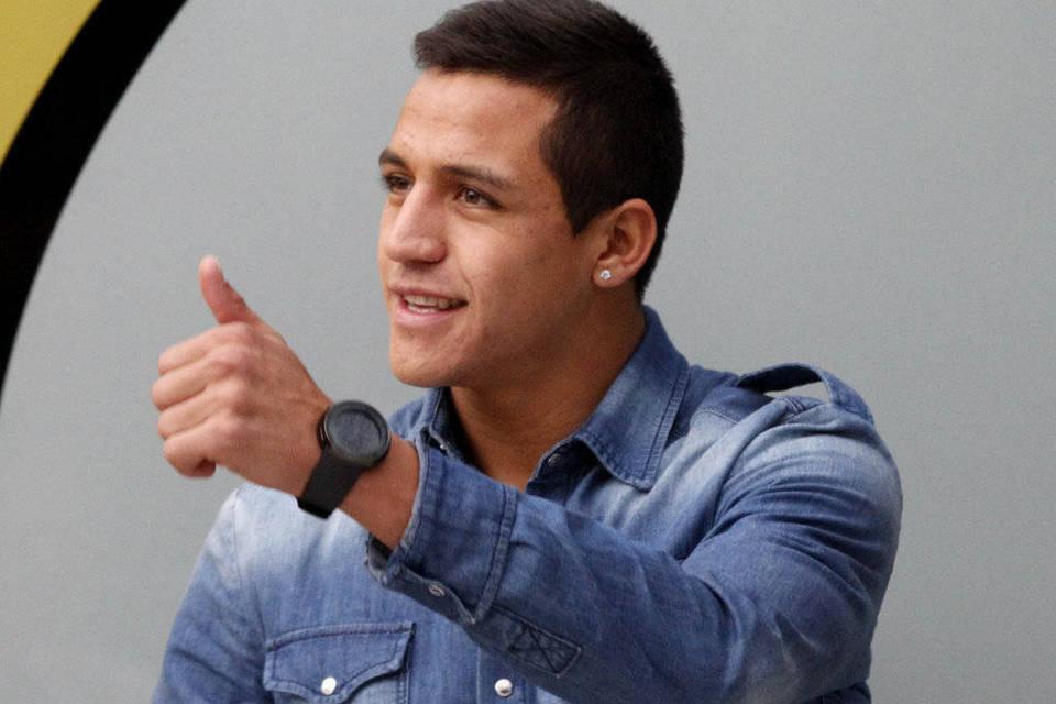 Alexis Sánchez: Los 10 futbolistas más guapos y sexys