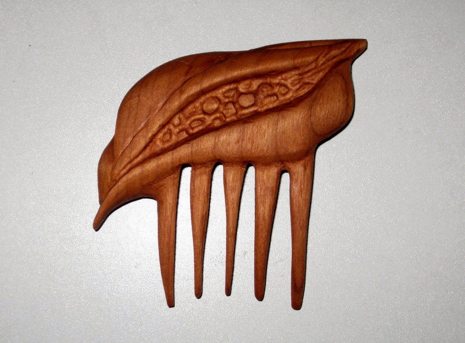 Corn Maiden Comb