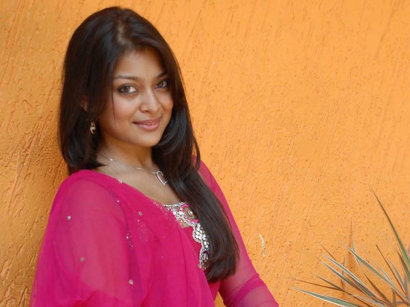Telugu Heroine Soundarya Gallery unseen pics