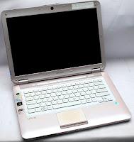 Laptop Bekas Sony Vaio VGN CS36GJ