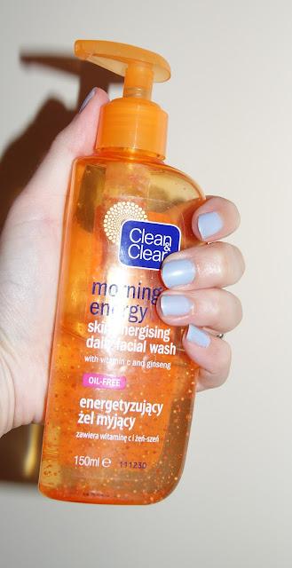Clean&Clear żel myjący. Oj raczej się nie polubimy...