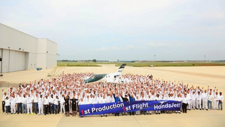 HondaJet production team